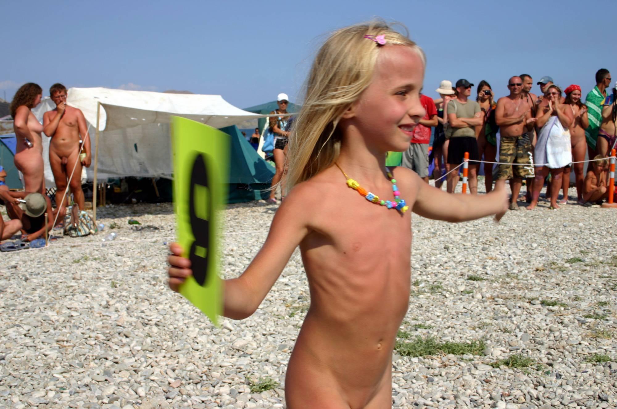 Nudist Pics Contestant Cheerful Walk - 1