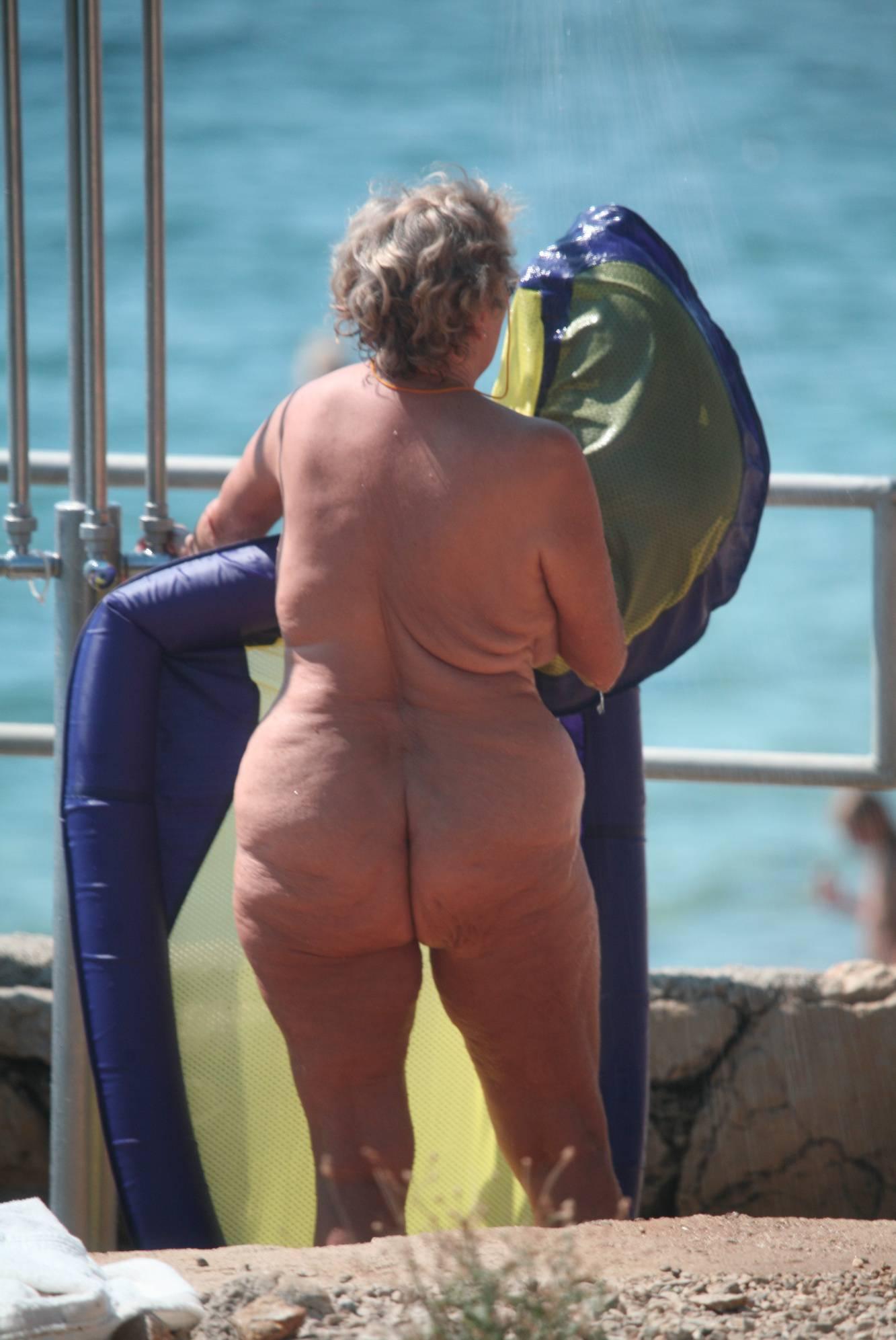 Nudist Gallery Crete FKK Shower Scenes - 2