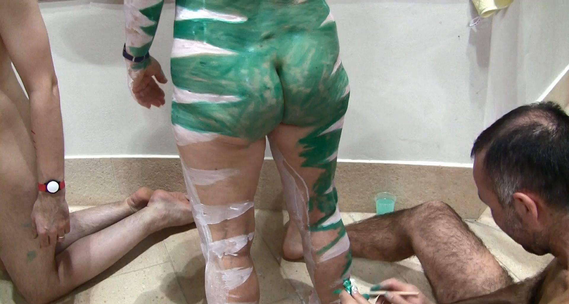 Nudist Videos Escaping the Hot Sun 1 - 2