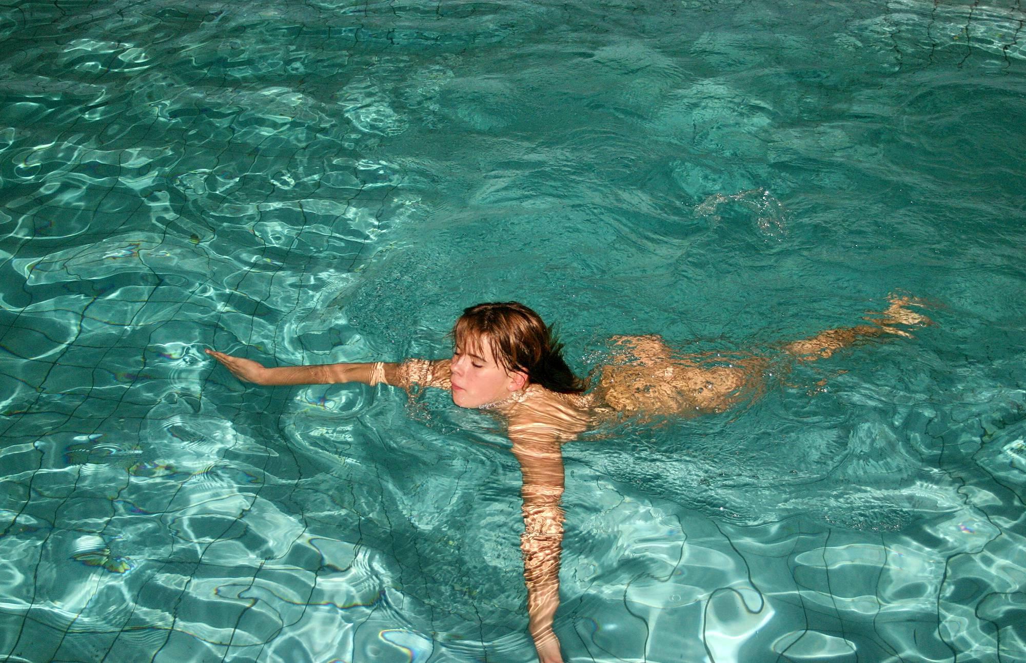 Halloween Water Pool Dip - 2
