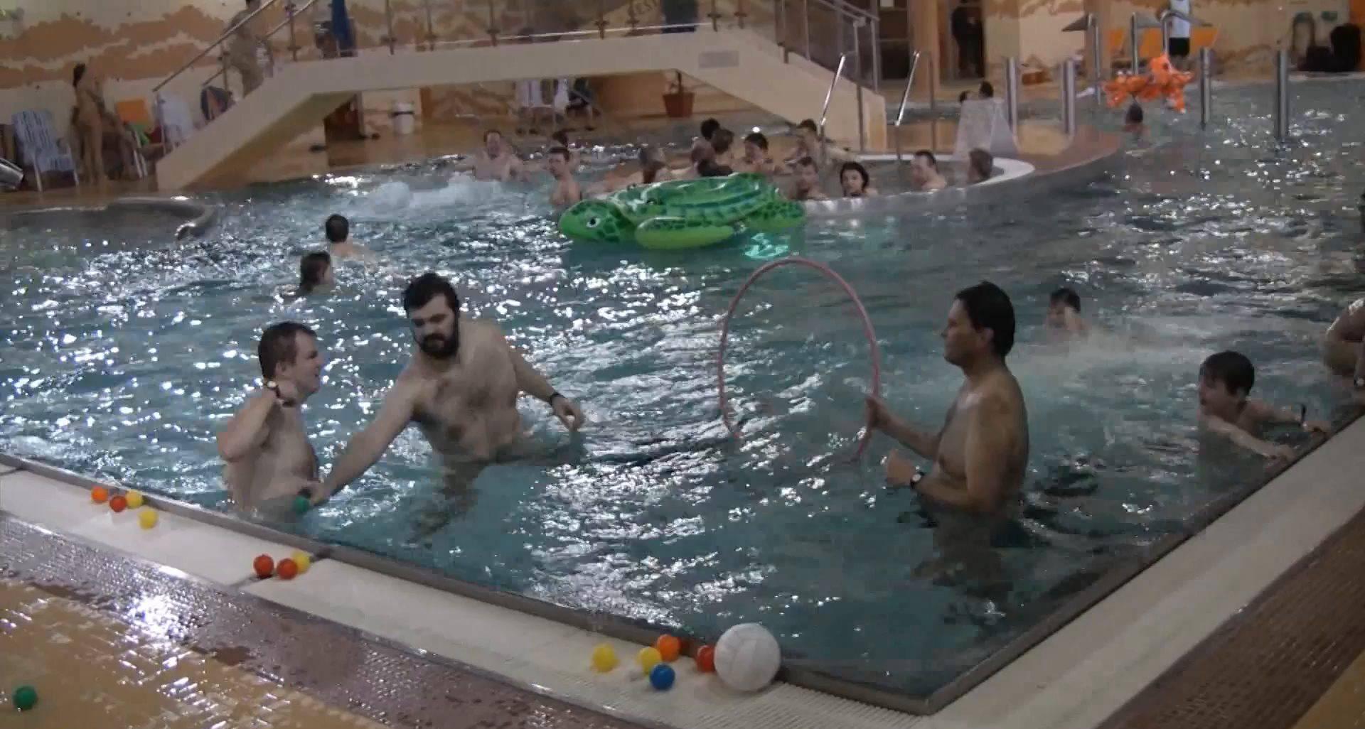 Indoor Water Runners 1 - 1