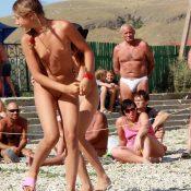 Mini Duet Beach Dancing