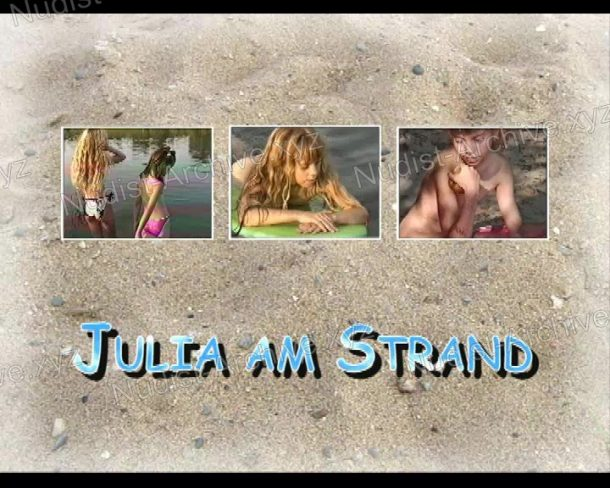 Julia am Strand - shot