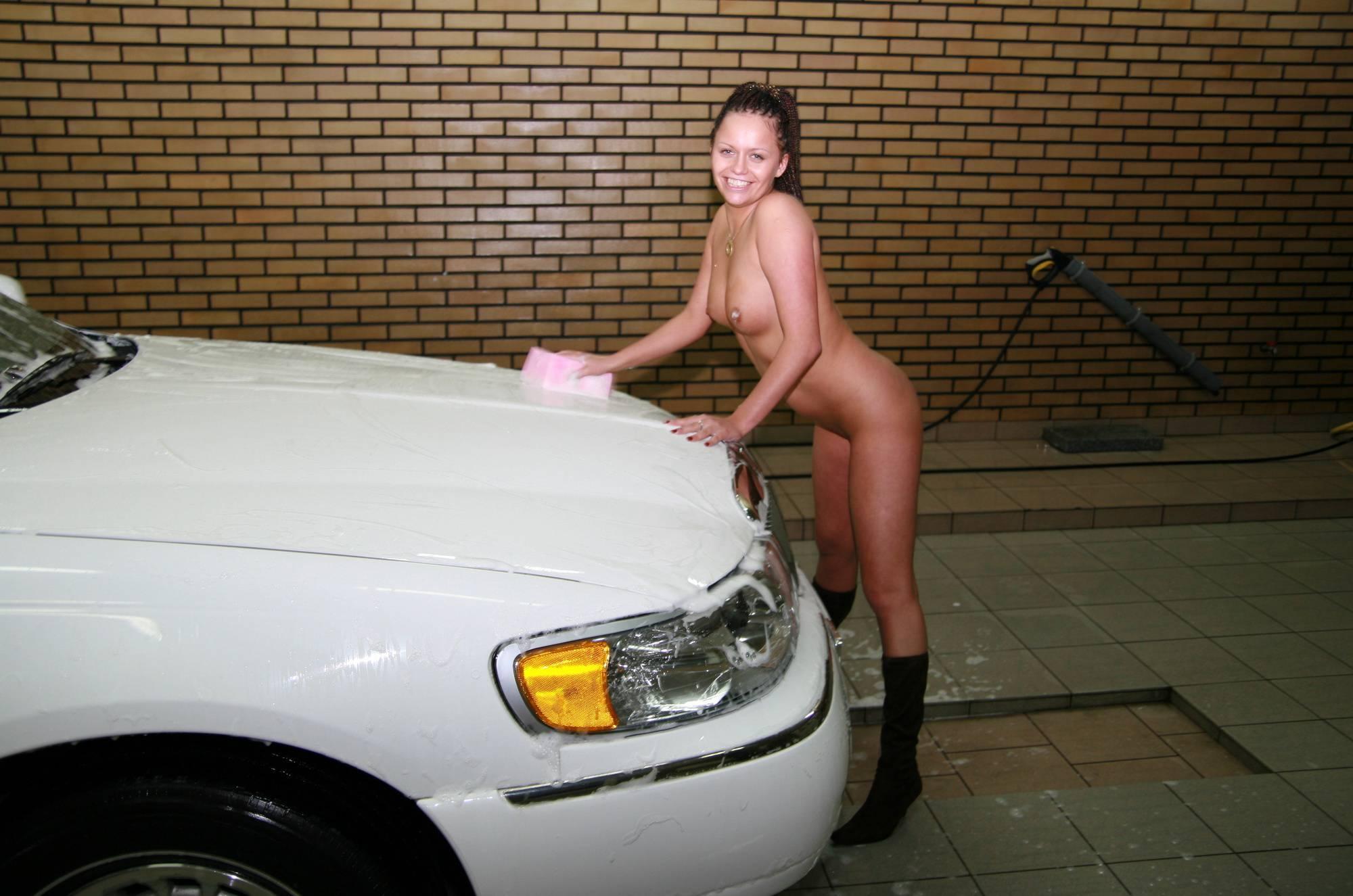 Nude Limousine Carwash - 2