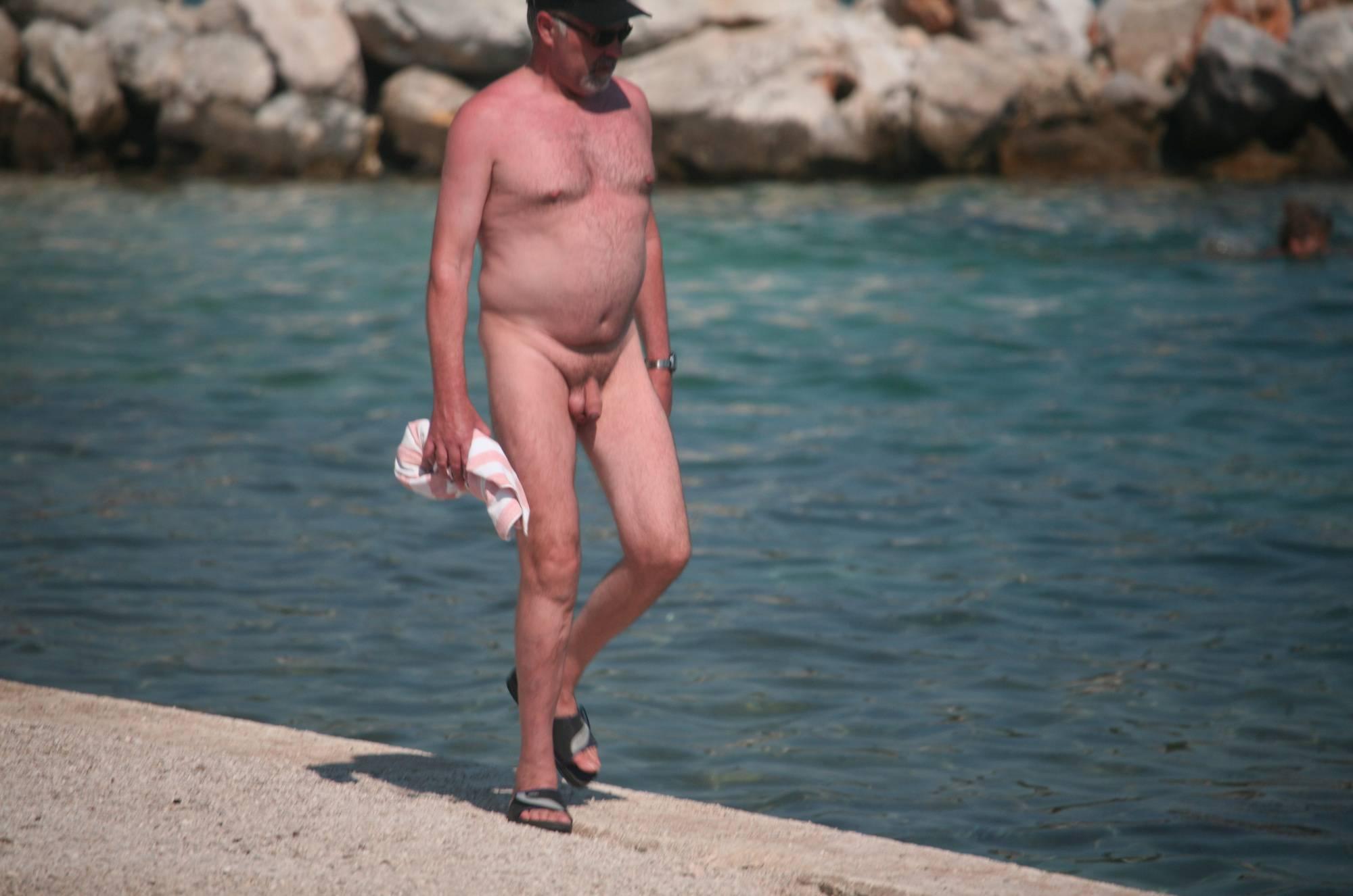 Nudist Gallery Nudist Beach Pedestrians - 2