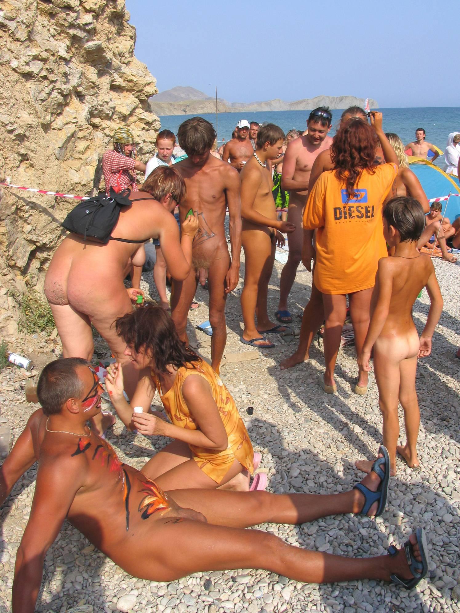 Nudist Pictures Outdoor Painted Teenager - 1