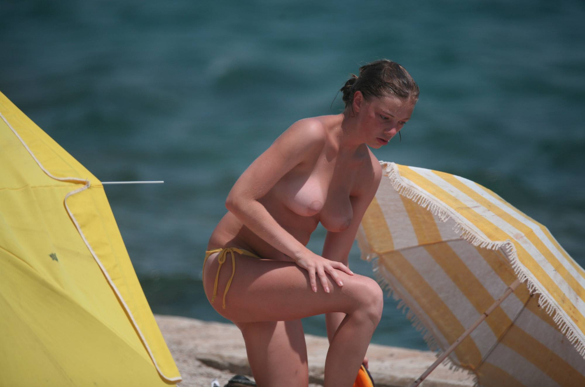 Nudist Pics Single Girl Umbrella Setup - 1