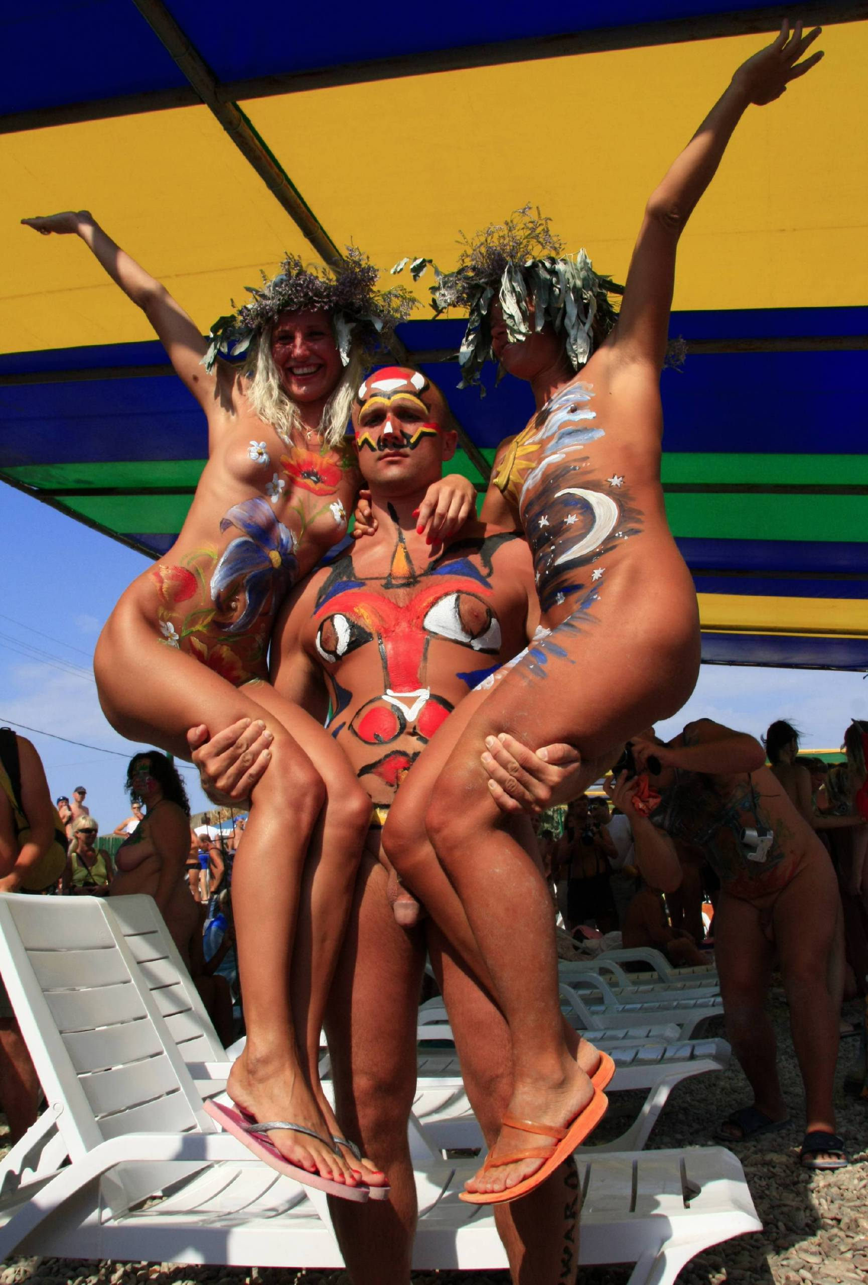 Nudist Pictures Festival His King and Queens - 1