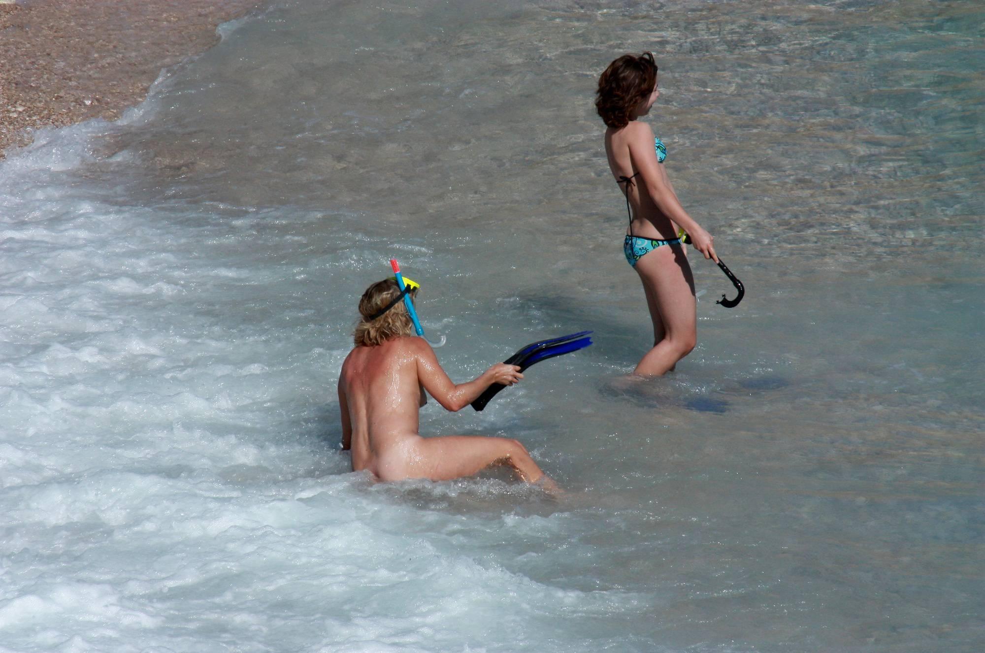 Nudist Pictures Nudist Snorkeling Shores - 2