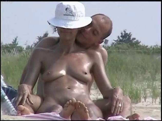 Naturist Videos U.S. Nude Beaches Vol.6 - 2