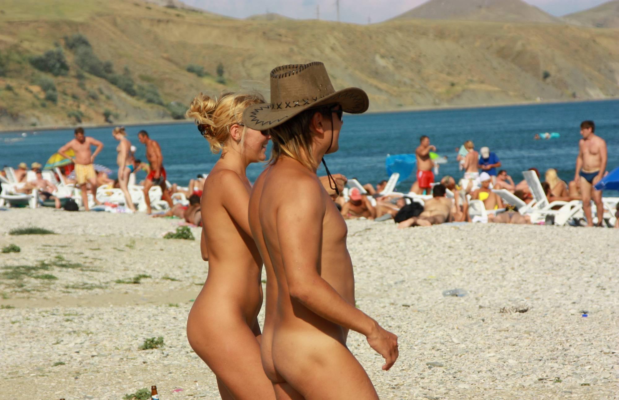 Nudist Gallery Ukraine Beach Girlfriends - 2