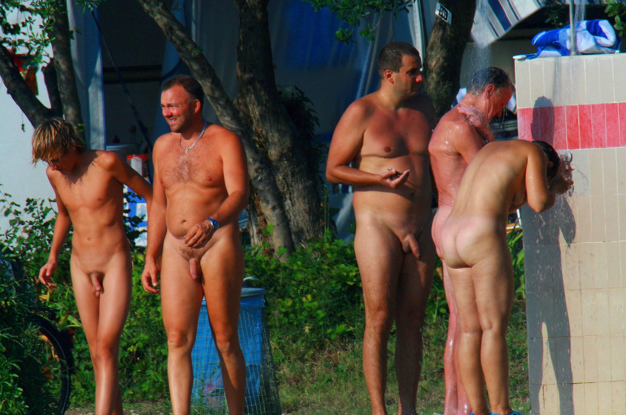 Nudist Pictures Ula FKK Family Shower Site - 2
