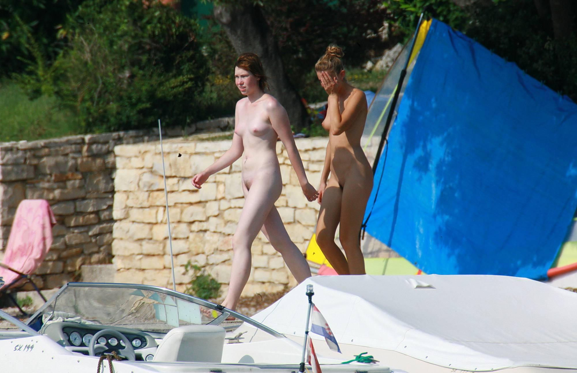 Nudist Photos Walking The Sea Ledge - 2